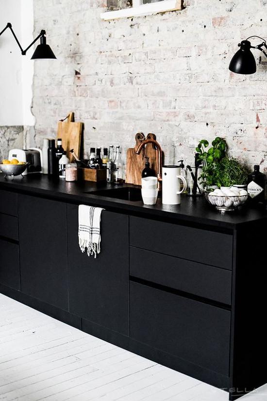 black_interior_8
